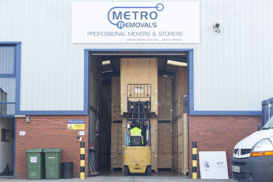 Metro Removals in Kettering